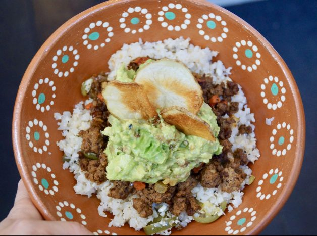 Jalapeño Lime Cauliflower Rice Bowl with Picadillo #cauliflowerrice #picadillo