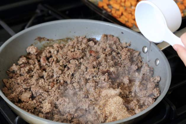 Ground beef and homemade taco seasoning #homemadetacoseasoning