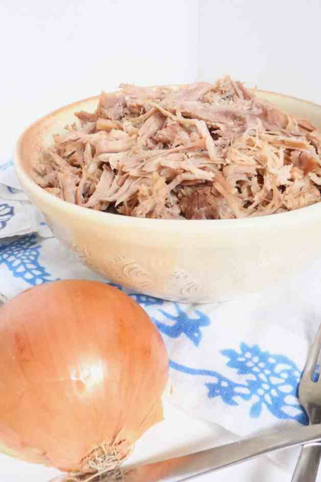 Everyday Shredded Pork (Instant Pot and Slow Cooker) #shreddedpork #instantpotshreddedpork #slowcookershreddedpork