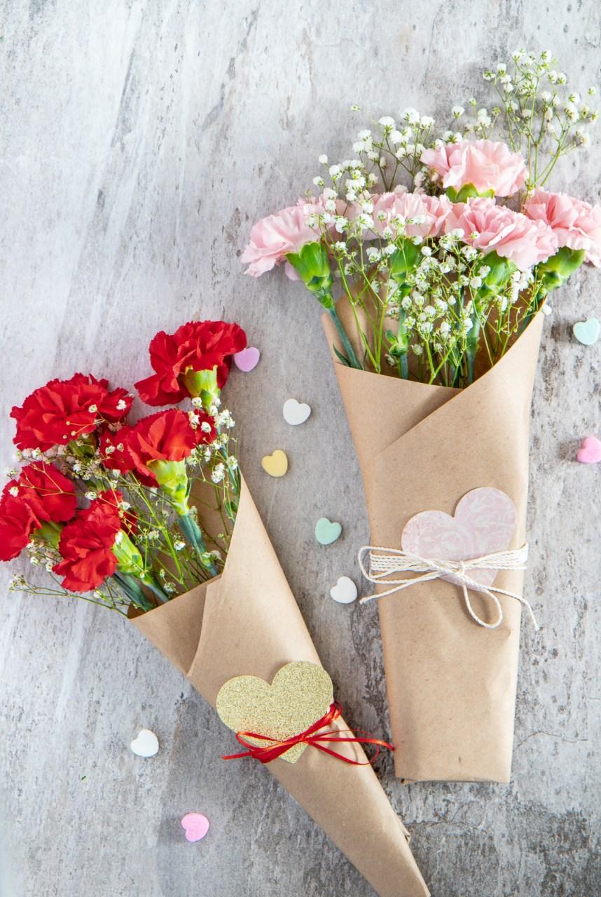 Make a valentine's day bouquet