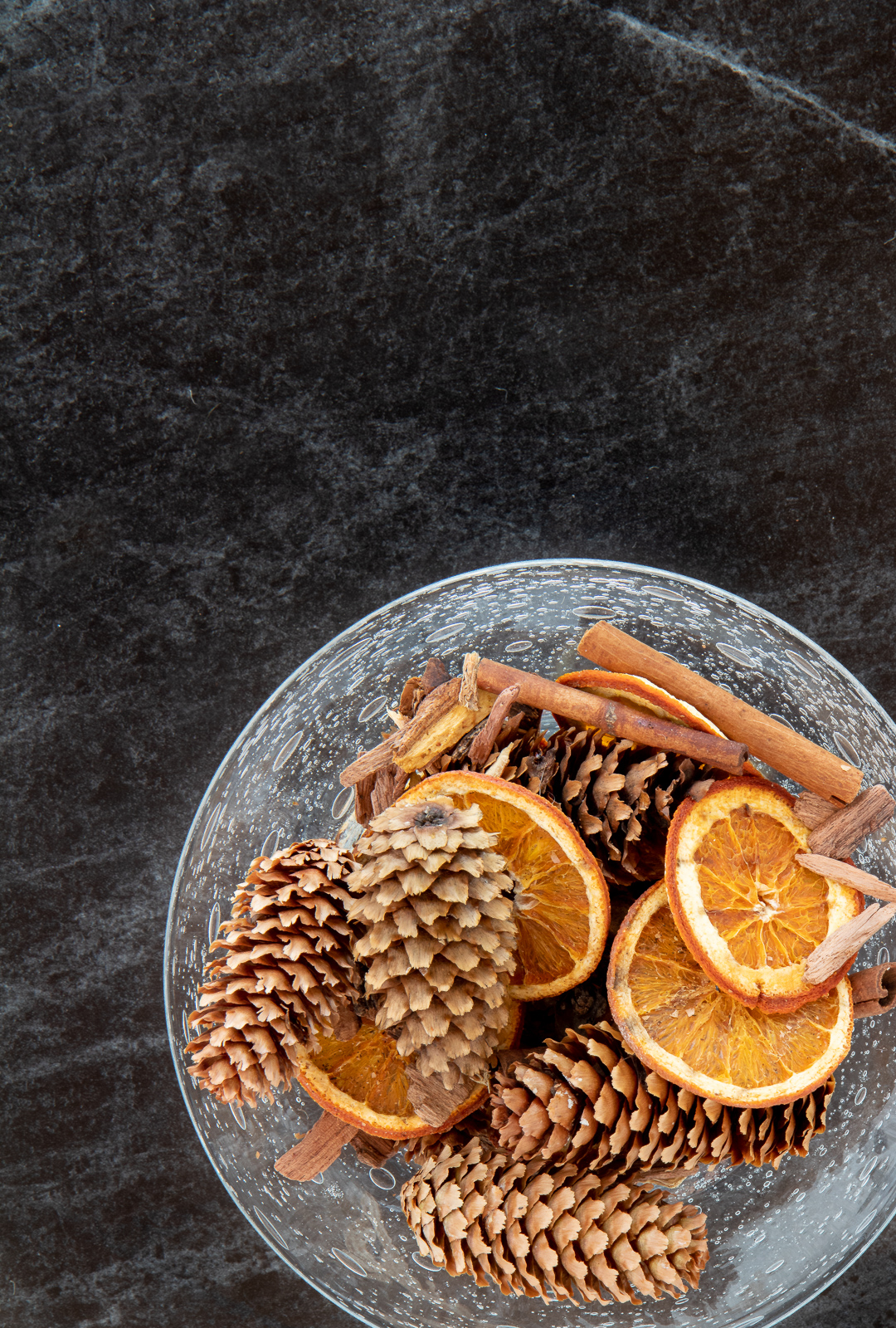 Save money making your own holiday potpourri