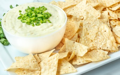 SLOW COOKER WHITE QUESO DIP