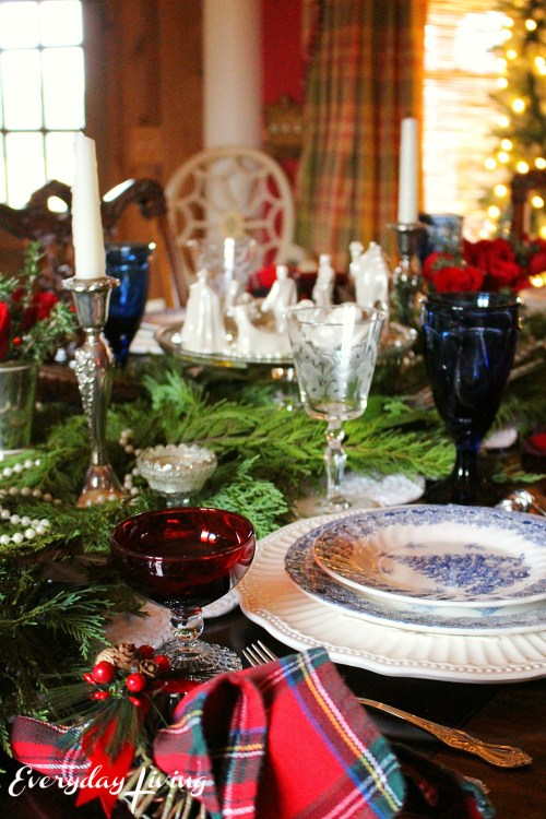everyday_living_christmas_tablescape_10
