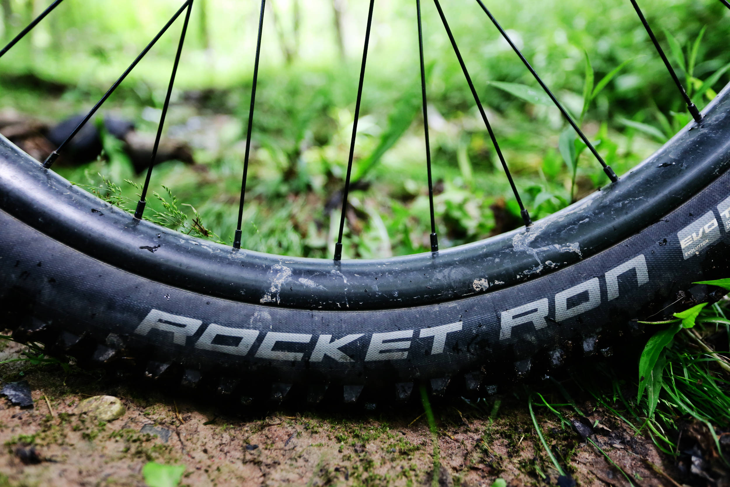 Schwalbe Rocket Ron 2.8 Review