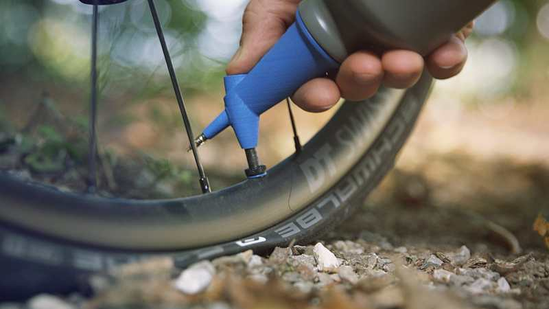 New Kickstarter Promises to Make Tubeless Tire Inflation Easier