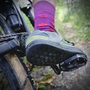 4 Reasons Why I Ride Flats On My Mountain Bike