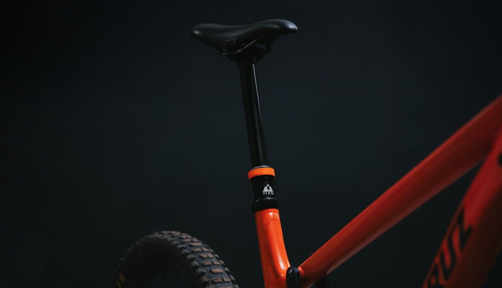 Episode 4 – Specialized 2F0 Shoes, new droppers from Fox and PNW, Smart Watches and More.