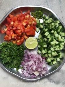 Chickpeas cucumber salad - chana kachumber salad steps