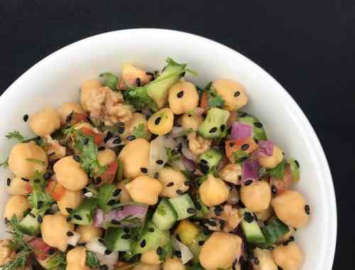 Chickpeas cucumber salad - chana kachumber salad