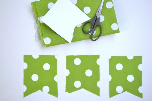 Everyday Party Magazine DIY Joy Mini Bunting cut fabric