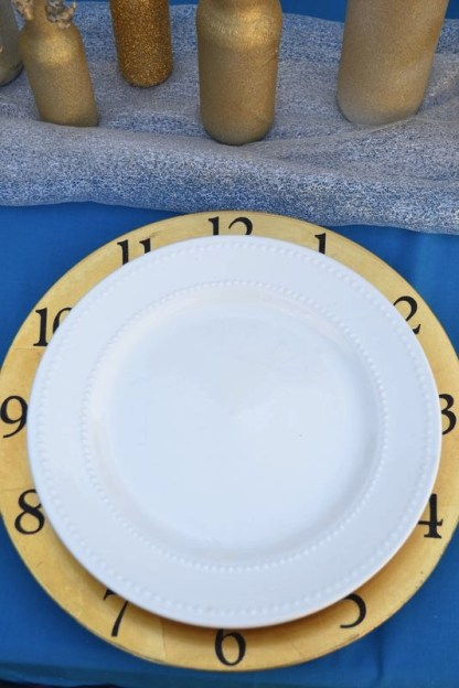 Everyday Party Magazine Clock Charger NYE Party