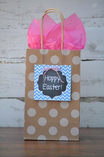 Everyday Party Magazine FREE Easter Printable Hoppy Easter tag