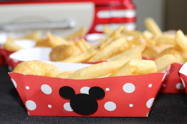 Disney Side Food Tray DIY