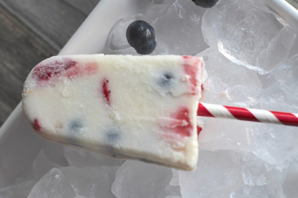 Party Gals Linky Party Everyday Party Magazine Red White and Blue Creamsicle