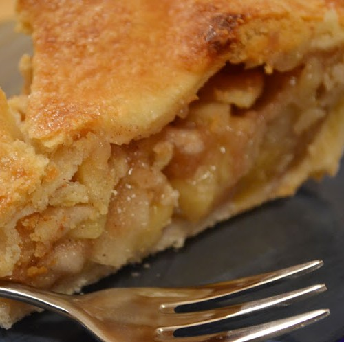 Everyday Party Magazine Perfect Apple Pie Recipe by Sunny By Design
