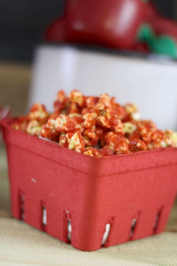 Everyday Party Magazine Simple Caramel Apple Popcorn