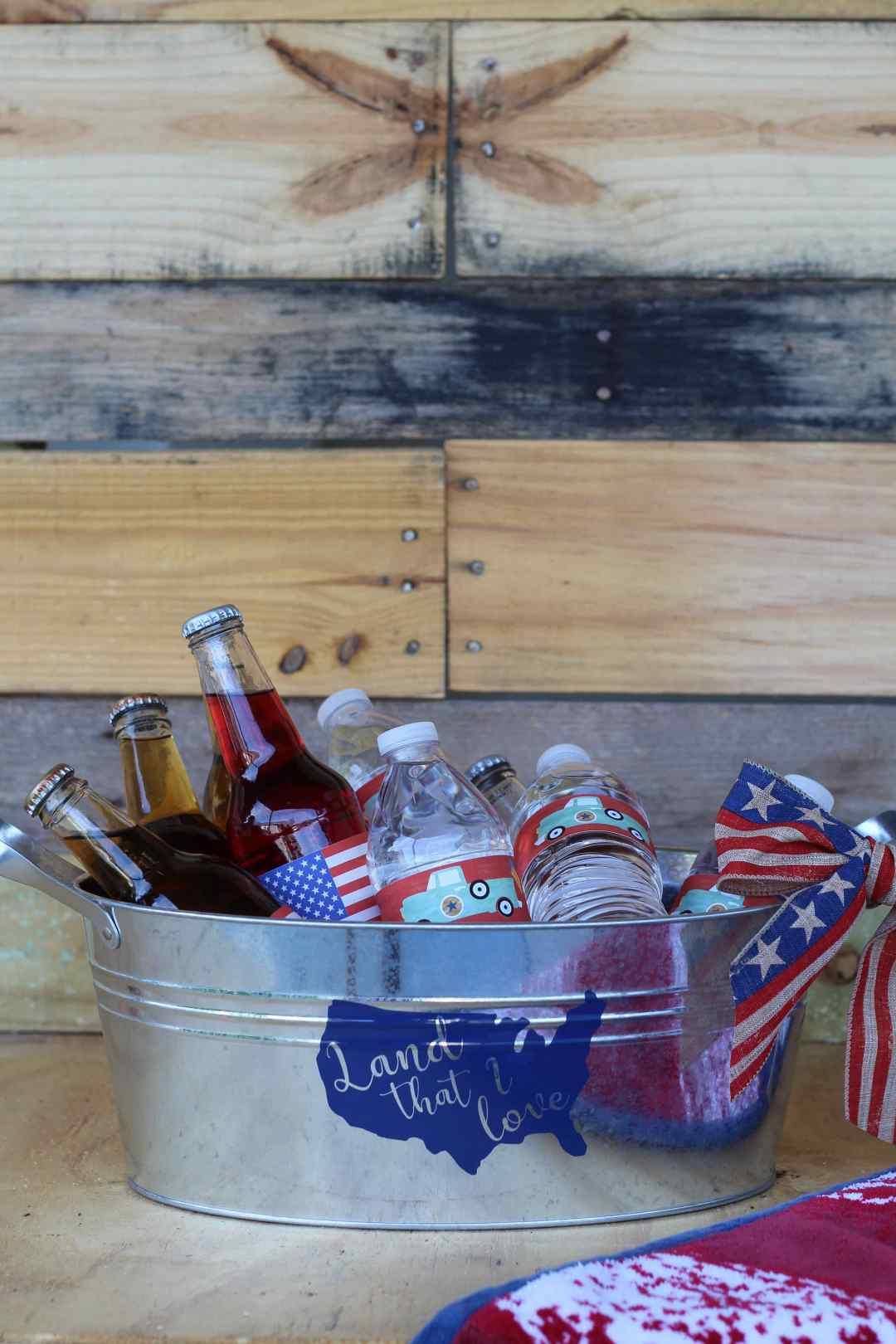 Everyday Party Magazine Simple DIY Drink Bucket - Patriotic Craft Lightning