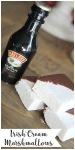 Everyday Party Magazine Irish Cream Marshmallows #IrishCream #Recipe #StPatricksDay