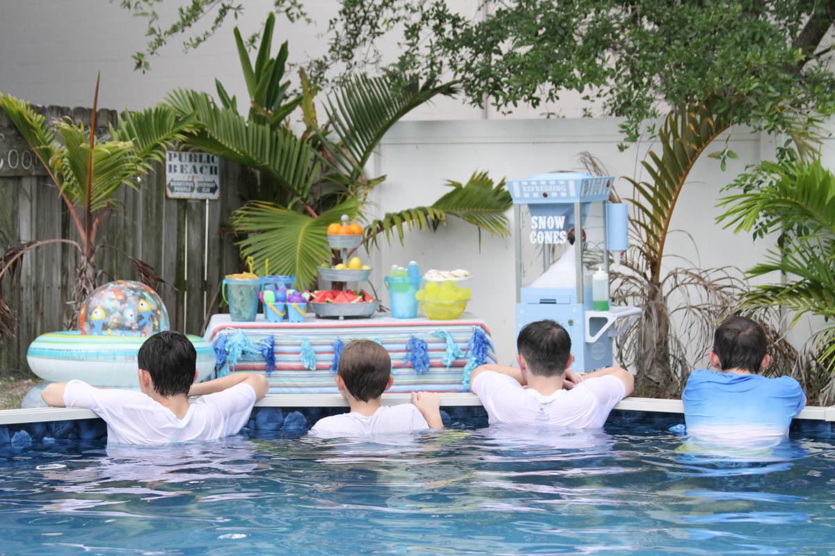Everyday Party Magazine Summer Fun Pool Party #PoolParty #PoolParties #SummerFun #TheGeniusofPlay