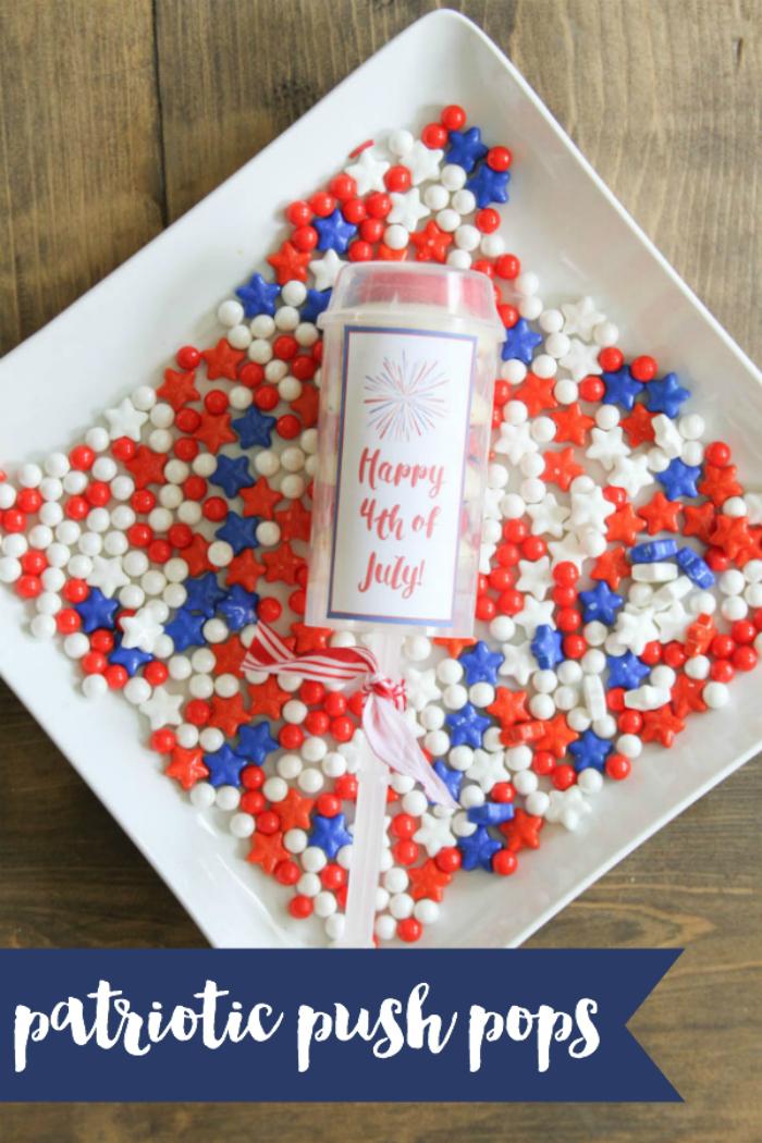 Everyday Party Magazine Patriotic Push Pops #FourthOfJuly #DIY #Treats #PushPops