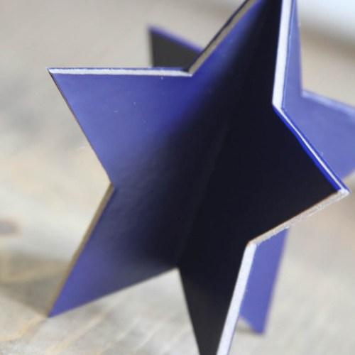 Everyday Party Magazine Simple 3D Star Decoration #CricutMade #DIY #Patriotic #unicorn