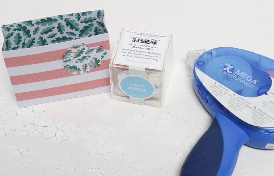 Everyday Party Magazine Simple Party Favor Gift Bag Idea #Xyron #PartyFavor #GiftBag #DIY