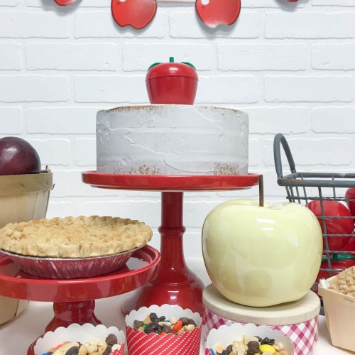Everyday Party Magazine Back to School Celebration #BackToSchool #AppleParty #FallParty #School