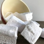 Everyday Party Magazine Strawberry Lemonade Marshmallows #Recipe #Marshmallows #SummerFoods