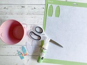 Cricut Scissors Cricut Cutting Mat Pink Bucket Floral Fabric Felt