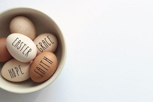 Bowl Rae Dunn Easter eggs