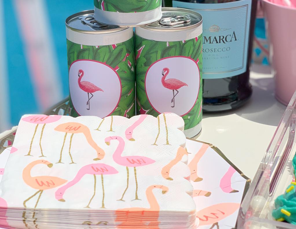 Flamingo Plates and napkins
