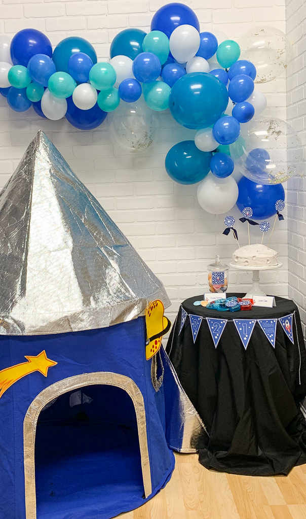 Rocket Play Tent Space Party