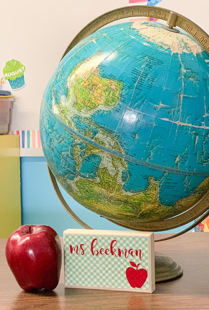 Teacher's Desk Globe