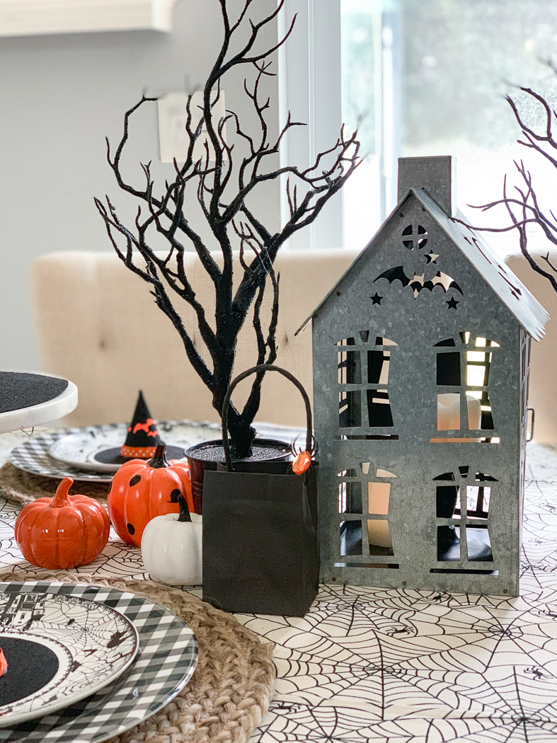 Haunted House Table
