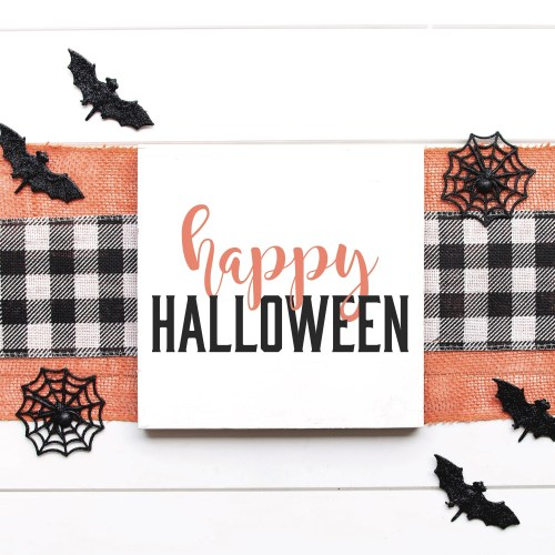 Farmhouse Halloween Sign
