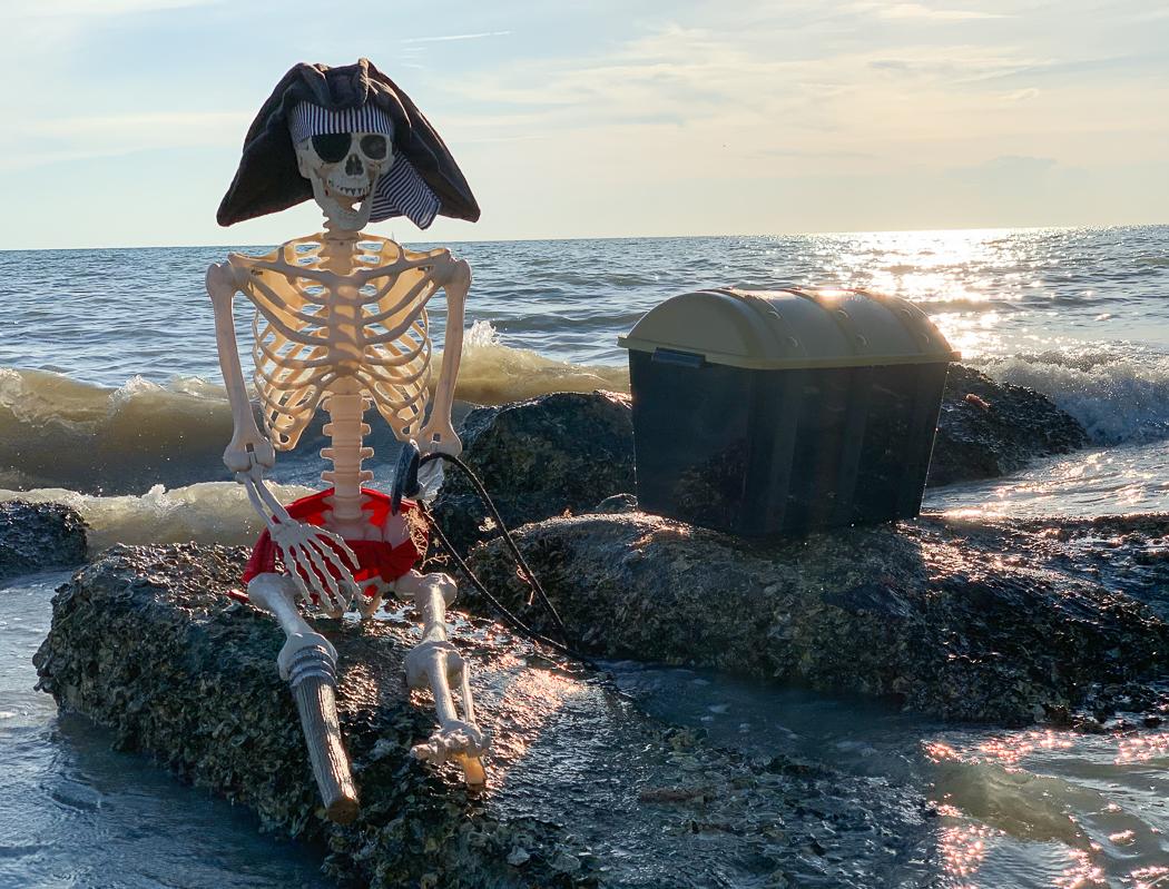 Beach Pirate Skeleton