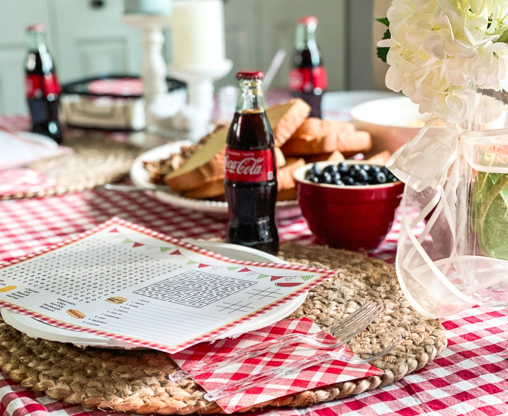 Gingham BBQ Table