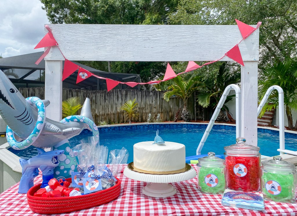 Shark Party Table