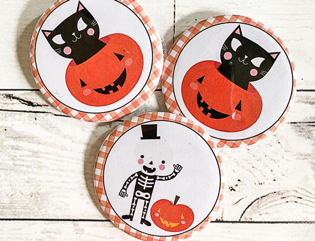 DIY Halloween Buttons