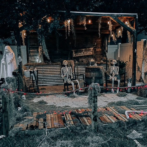 Haunted Halloween Yard