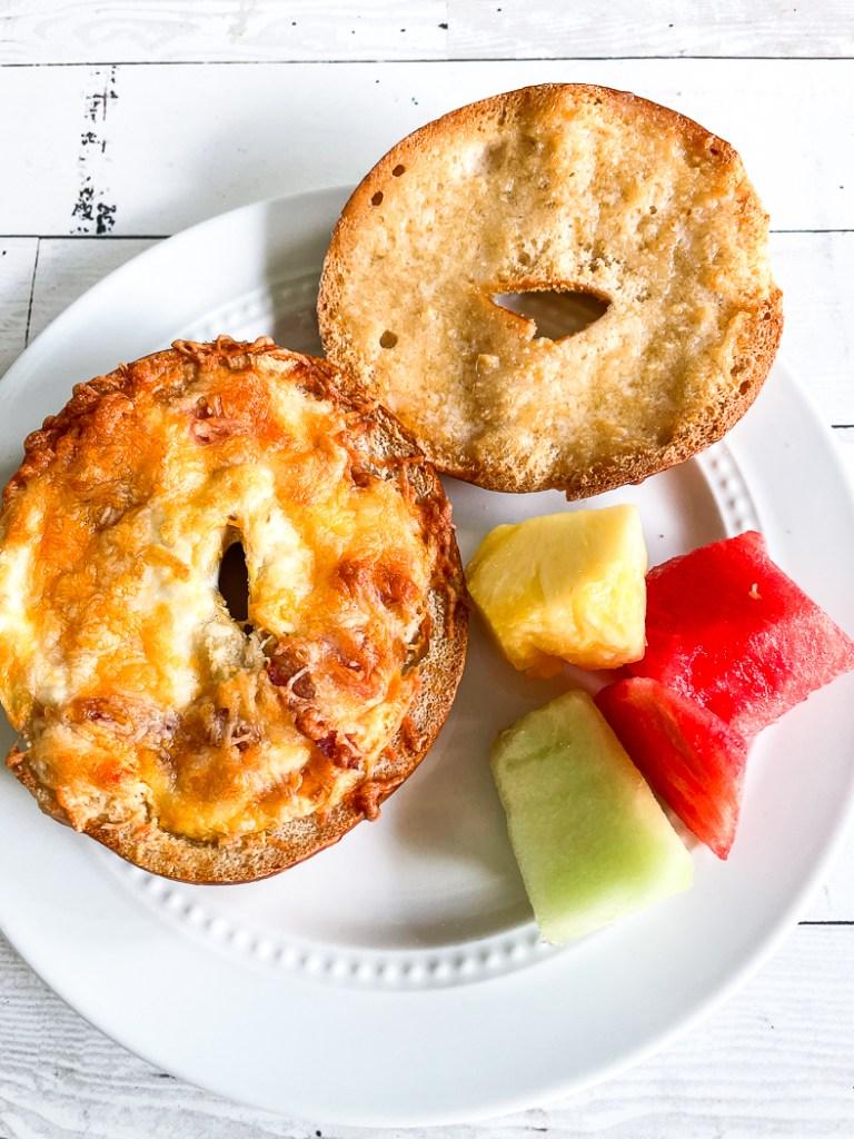 Bagel Sandwich fruit