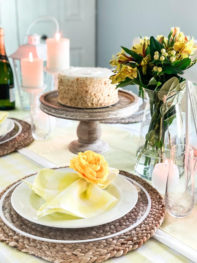 Fresh Flowers Cake Dinner Plate