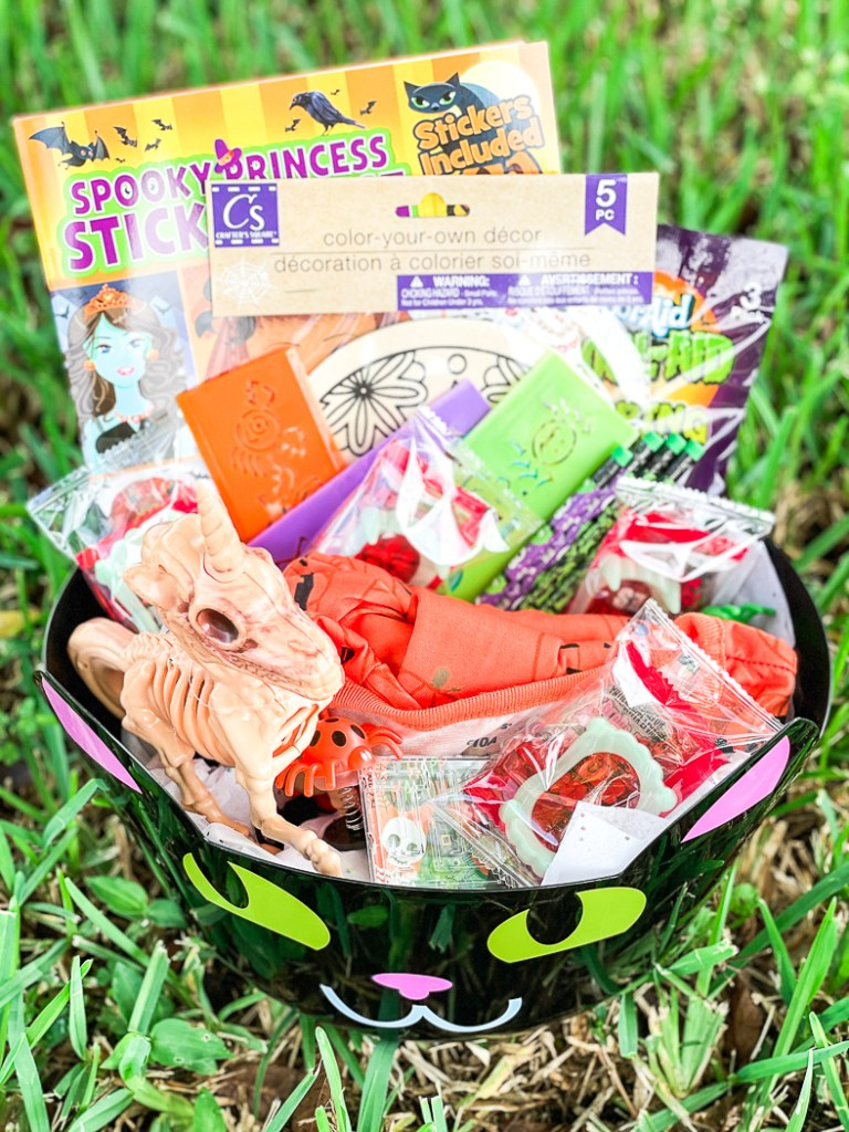 DIY Halloween Treat Bucket