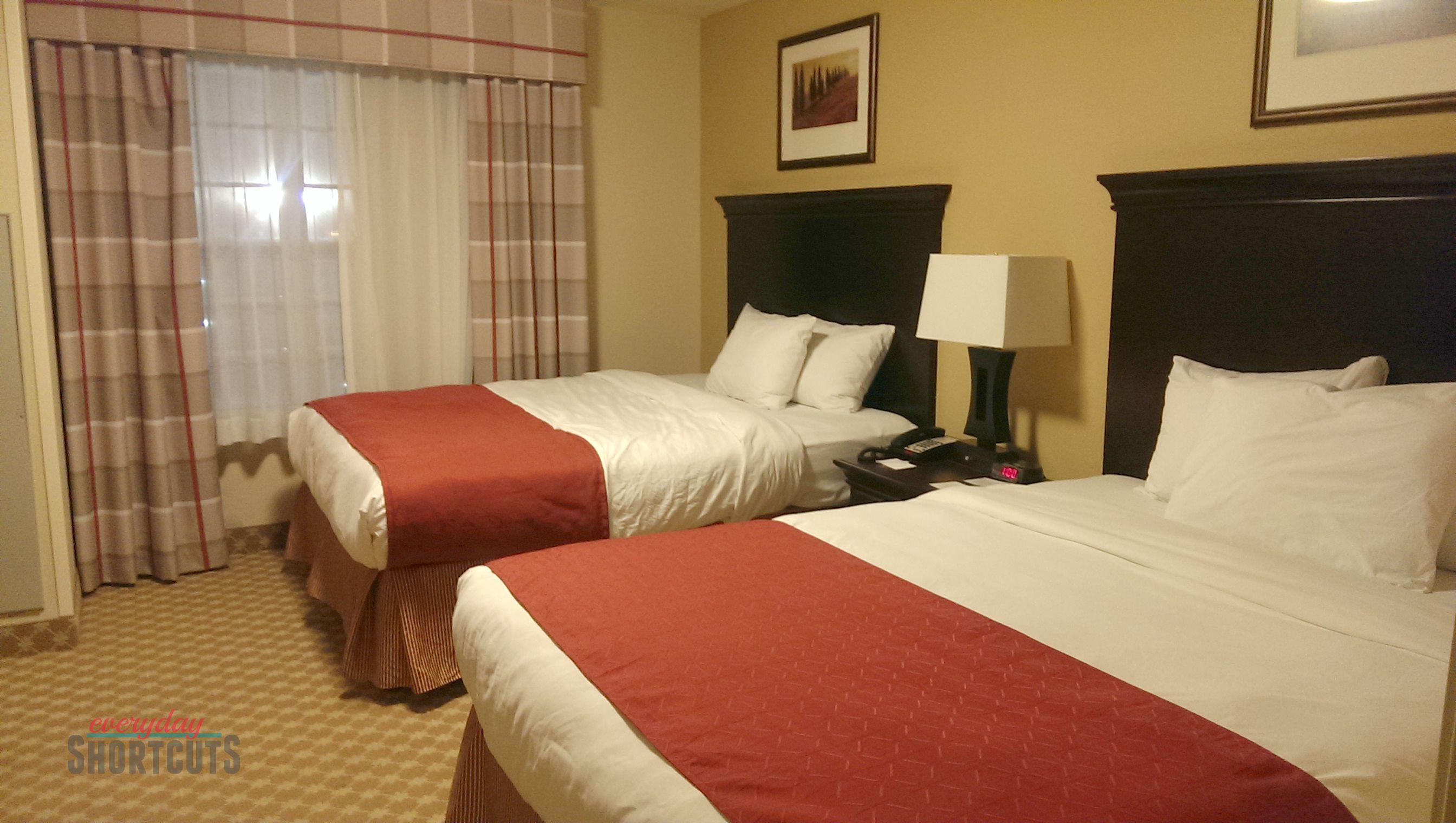 country inn & suites bedroom