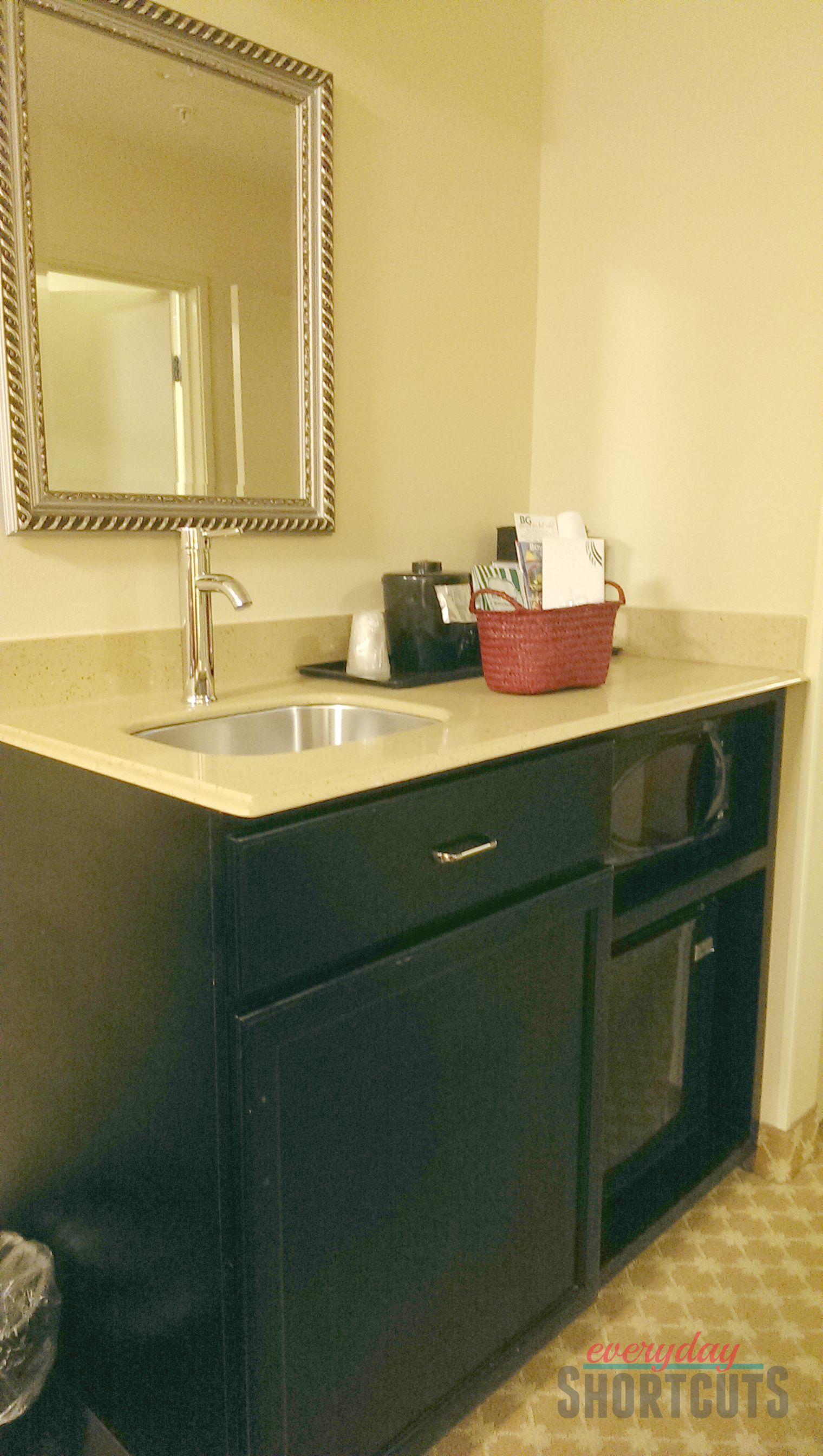country inn & suites kitchenette