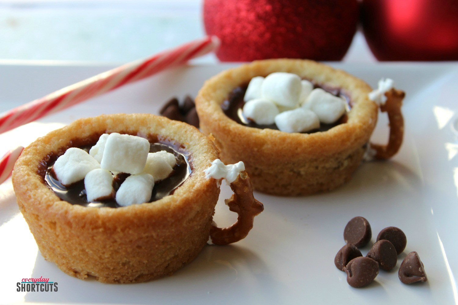 Hot Chocolate Cookie Cups final