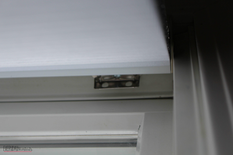 blinds install