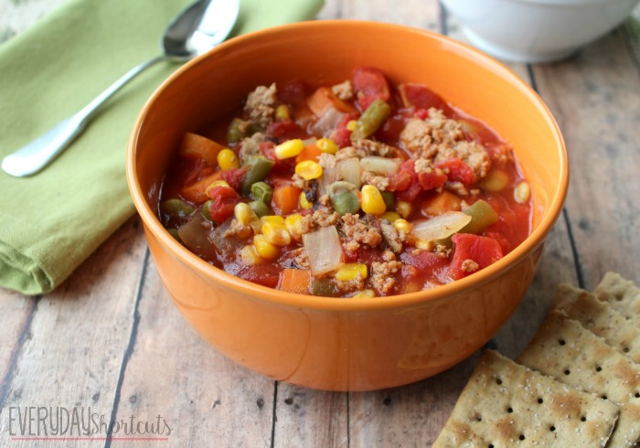slow cooker vegetable soup with crackers