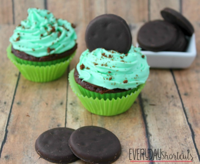 thin mint cookie cupcakes