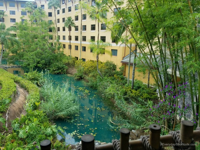 loews-royal-pacific-hotel